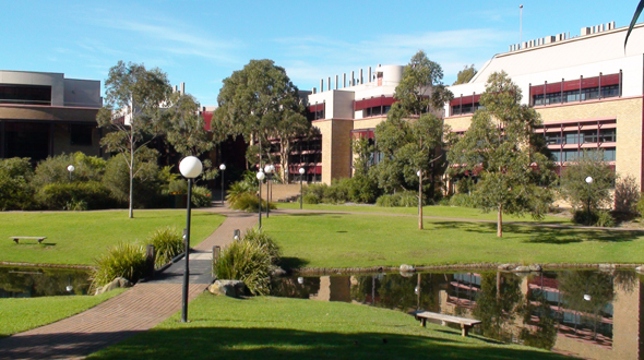 University of Wollongong (00102E)